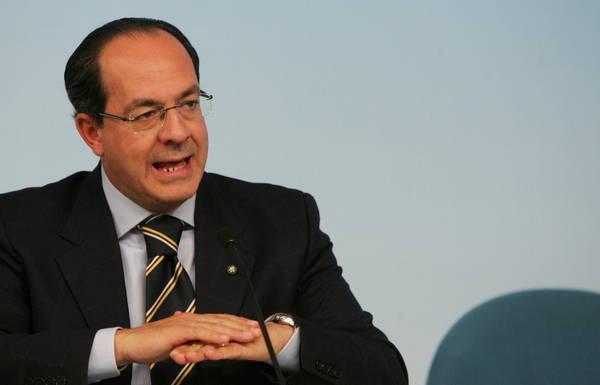L'onorevole Paolo De Castro, primo vicepresidente della Commissione agricoltura del parlamento europeo