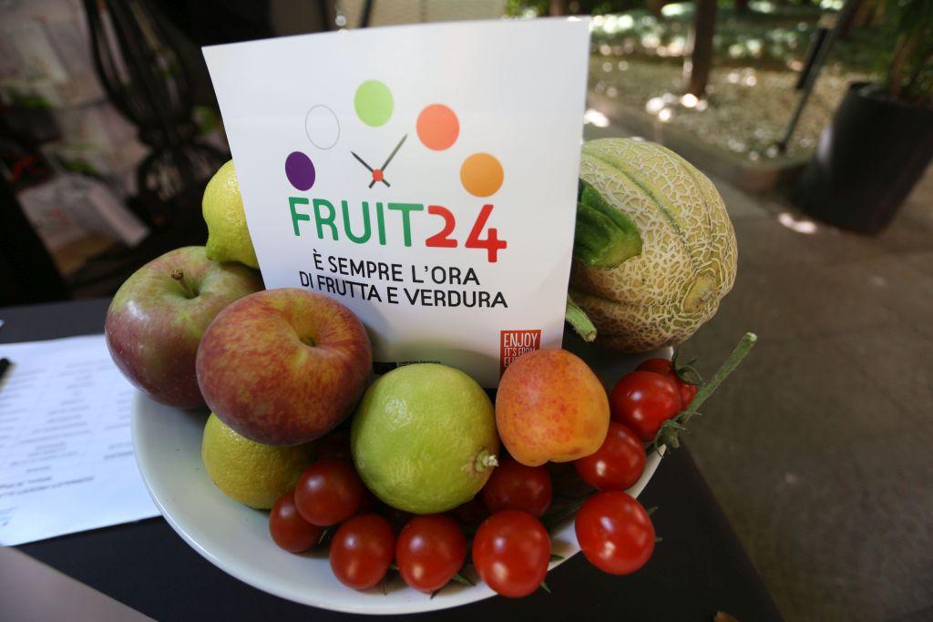 Con fruit24 apo conerpo rilancia il consumo f v fresh for Mercato frutta e verdura milano