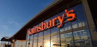 Sainsbury's, la seconda catena di supermercato del Regno Unito, dichiara guerra alla plastica con un piano d'azione dettagliato