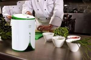 Fresco è una macchina al servizio degli chef, che lavora anche polpe di frutta e verdura