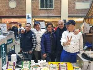 Lo chef stellato Walter Gallo e lo chef junior Marco Montanari nelle degustazioni Euroverde Agricola a Eataly Torino