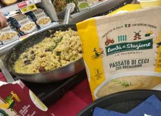 Degustazioni e showcooking al Simply Superstore di Casal Palocco di Roma. Grande richiesta per la passata di ceci