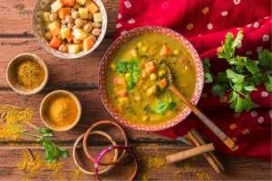La Zuppa Mumbai della nuova gamma DimmidiSì Gusto d'Oriente della Lina Verde. Con latte di cocco, curry e ceci