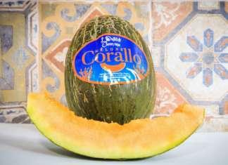 Il melone Corallo, dal colore arancione intenso, uno dei vincitori della medaglia d'oro. E' stato lanciato quest'anno con il marchio Orto di Eleonora