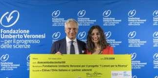 La collaborazione tra la Fondazione Veronesi e Citrus ha portato a un ottimo risultato (nella foto, Marianna Palella, ad di Citrus, e Paolo Veronesi)