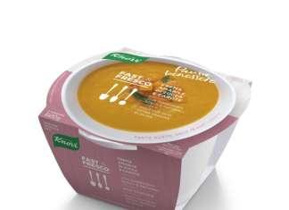 Crema amabile di zucca e carota, una delle cinque referenze di Fast & Fresco Edizione Speciale per Knorr. Il nuovo prodotto sarà in gdo da metà marzo