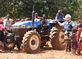 Rv Venturoli e Cefa (testimonial è Patrizio Roversi) insieme per lo sviluppo del Mozambico