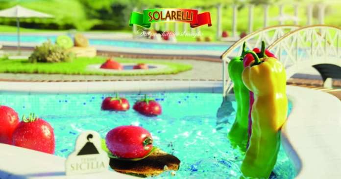 Un fotogramma del nuovo spot tv di Solarelli incentrato sul claim Bella la vita. Sarà in onda dal 21 aprile