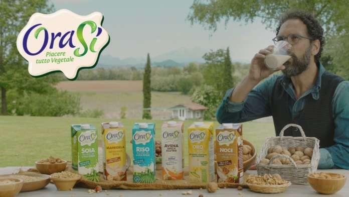 Testimonial del brand OraSì è Federico Quaranta, conduttore di Linea Verde e Decanter
