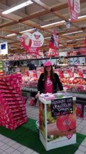 Le azioni sul punto vendita per promuovere il nuovo prodotto a marchio Pink Lady
