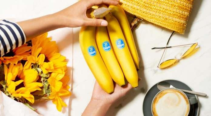 """Chiquita è nota sul mercato italiano come """"La banana 10 e lode"""", riconosciuta per l'iconico bollino blu"""