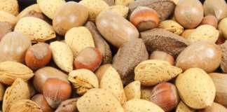 Un consumo quotidiano, di almeno 60 grammi, di noci, mandorle e nocciole migliora il desiderio sessuale, secondo una ricerca recente promossa da Nucis Italia e Inc