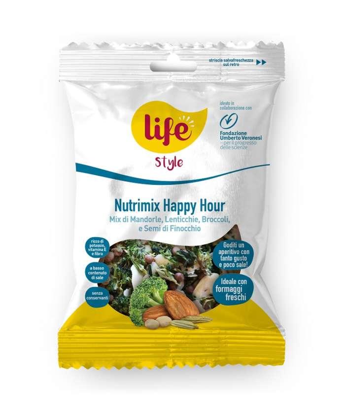 Nutrimix Happy Hour LifeStyle è un mix di mandorle, lenticchie, broccoli e semi di finocchio per un aperitivo healthy