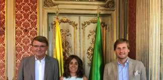 Renzo Piraccini, presidente di Macfrut, con Gloria Isabel Ramirez, ambasciatrice della Colombia e Mauro Camicia (Istituto Italo-Latino-Americano)