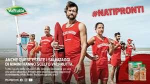 I salvataggi, con il logo Valfrutta e l'hashtag #Natipronti da condividere sui social