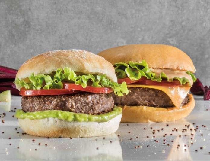 Beyond Burger e Vegan Burger, entrambi sono preparati con la