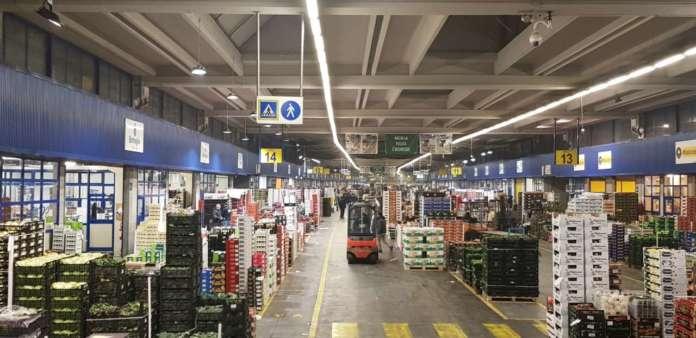 Il Caat ha volumi pari a 500 mila tonnellate l'anno ed è tra i primi tre mercati agroalimentari nazionali