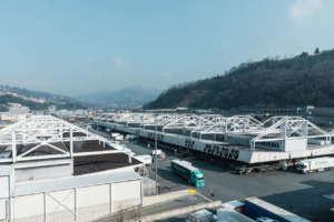 La piastra logistica e dei servizi che utilizza 8000 mq
