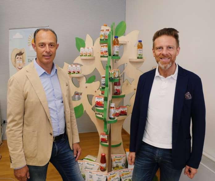 Stanislao Fabbrino, presidente di Fruttagel e AlmaverdeBio Ambiente e Giorgio Alberani, direttore commerciale di Fruttagel e Amministratore delegato di AlmaverdeBio Ambiente