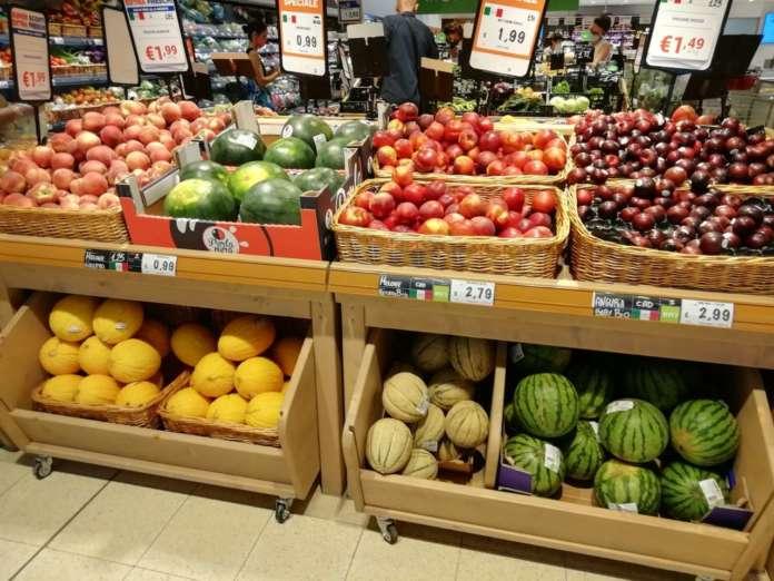 Domanda stabile o in calo per frutta e verdura