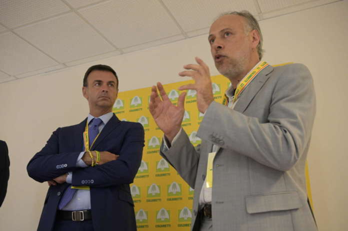 Carlo Triarico, presidente dell'Associazione per l'agricoltura biodinamica ed Ettore Prandini, alla guida diColdiretti