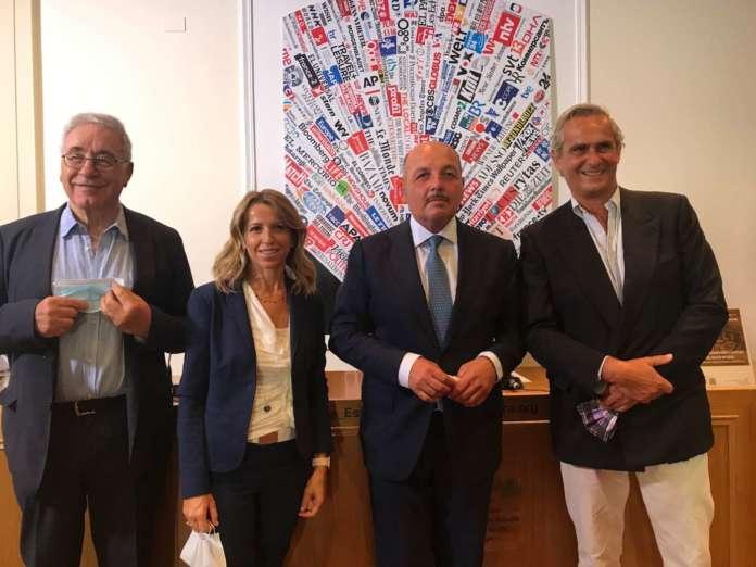 Da sinistra, Alfredo Tesio (moderatore dei lavori), Paola Castellacci (Adiacent), Dino Scanavino (Cia) e Rodrigo Cipriani Foresio (Alibaba)
