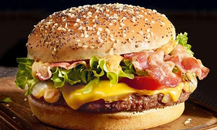Secondo una stima di Barclays, il mercato della carne vegetale arriverà a valere 140 miliardi di dollari nel giro di dieci anni