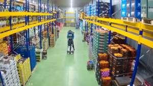 Stoccaggio dei prodotti riservati all'ecommerce Pom Natura