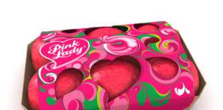 Il nuovo imballaggio colorato e compostabile di Pink Lady in cartone certificato Fsc