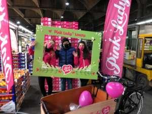 Pink Lady, iniziativa al Mercato ortofrutticolo di Milano