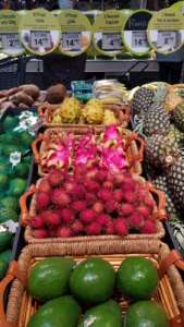 La frutta esotica di Banco Fresco viene raccontata