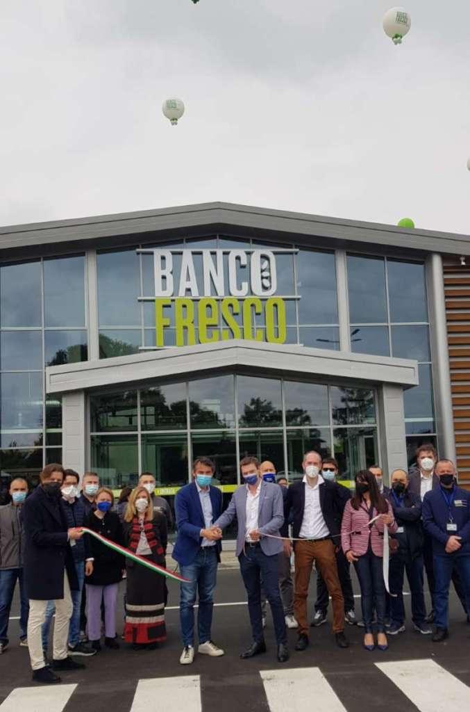 L'inaugurazione di Banco Fresco a Crema, in Lombardia