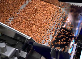 La selezionatrice ottica Tomra 5C di Tomra Food