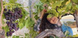 Francesca Lonigro in uno scatto dell'artista Manuela Perrone per una prossima mostra dedicata al body painting